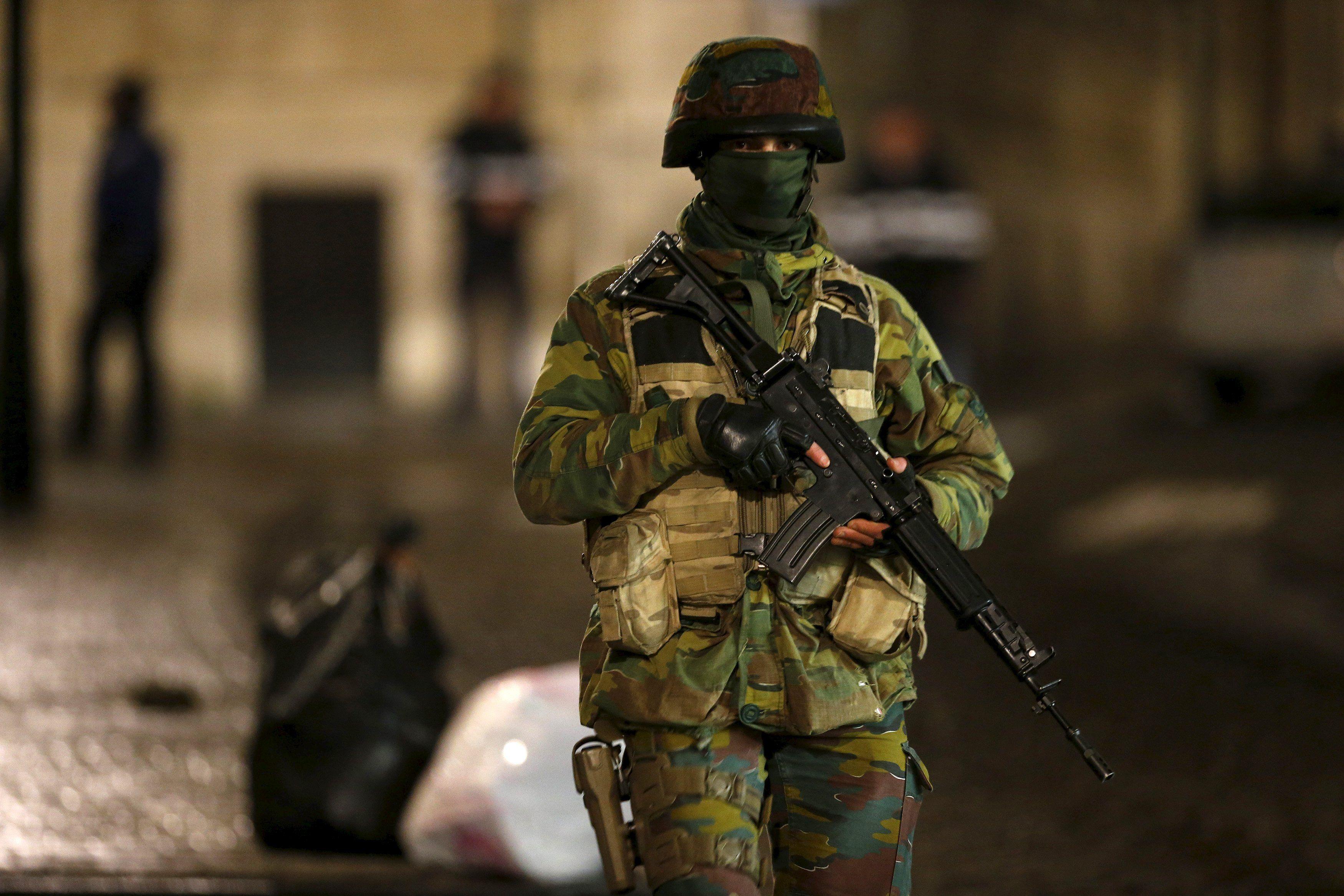 Спецоперация по задержанию террористов в Брюсселе.