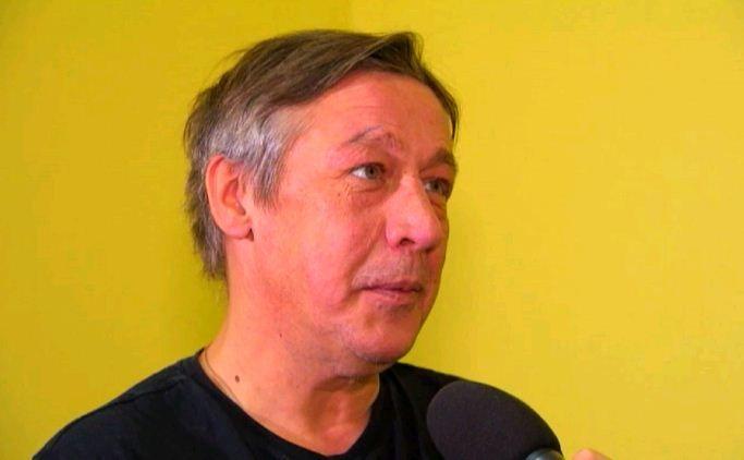 Михаил Ефремов со сцены обматерил зрителей