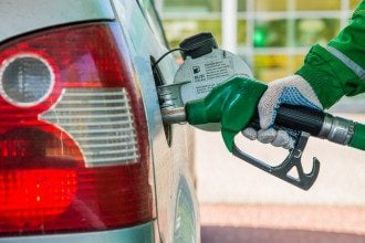 Сеть ОККО приостанавливает продажу бензина