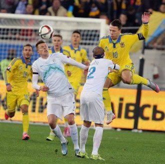 Матч сборных во Льове закончился - 2:0 с пользу украинцев