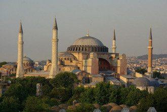 Ісламізація Туреччини Ердоганом створює створить величезні ризики для світу