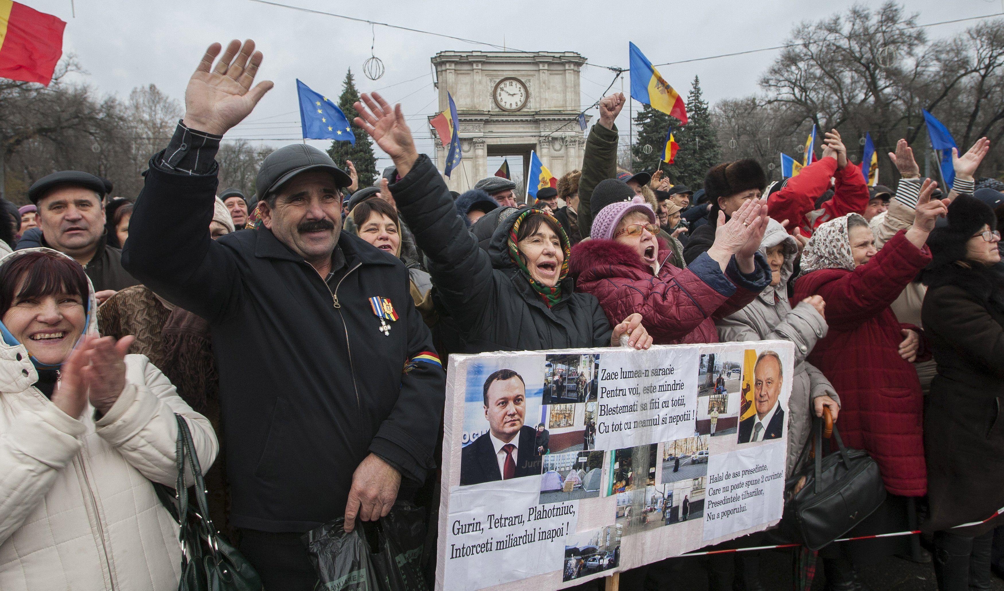 Массовые антиправительственные протесты в Молдове