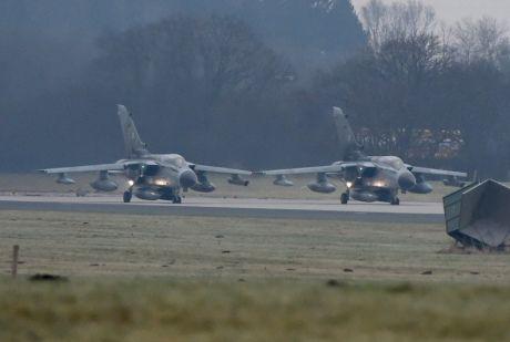 Немецкие самолеты направляются в Турцию, иллюстрация