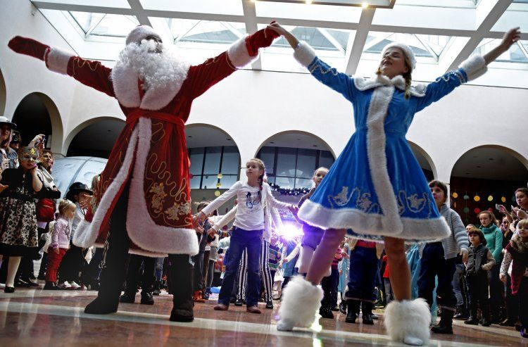 Новый год, Дед Мороз, Снегурочка 02