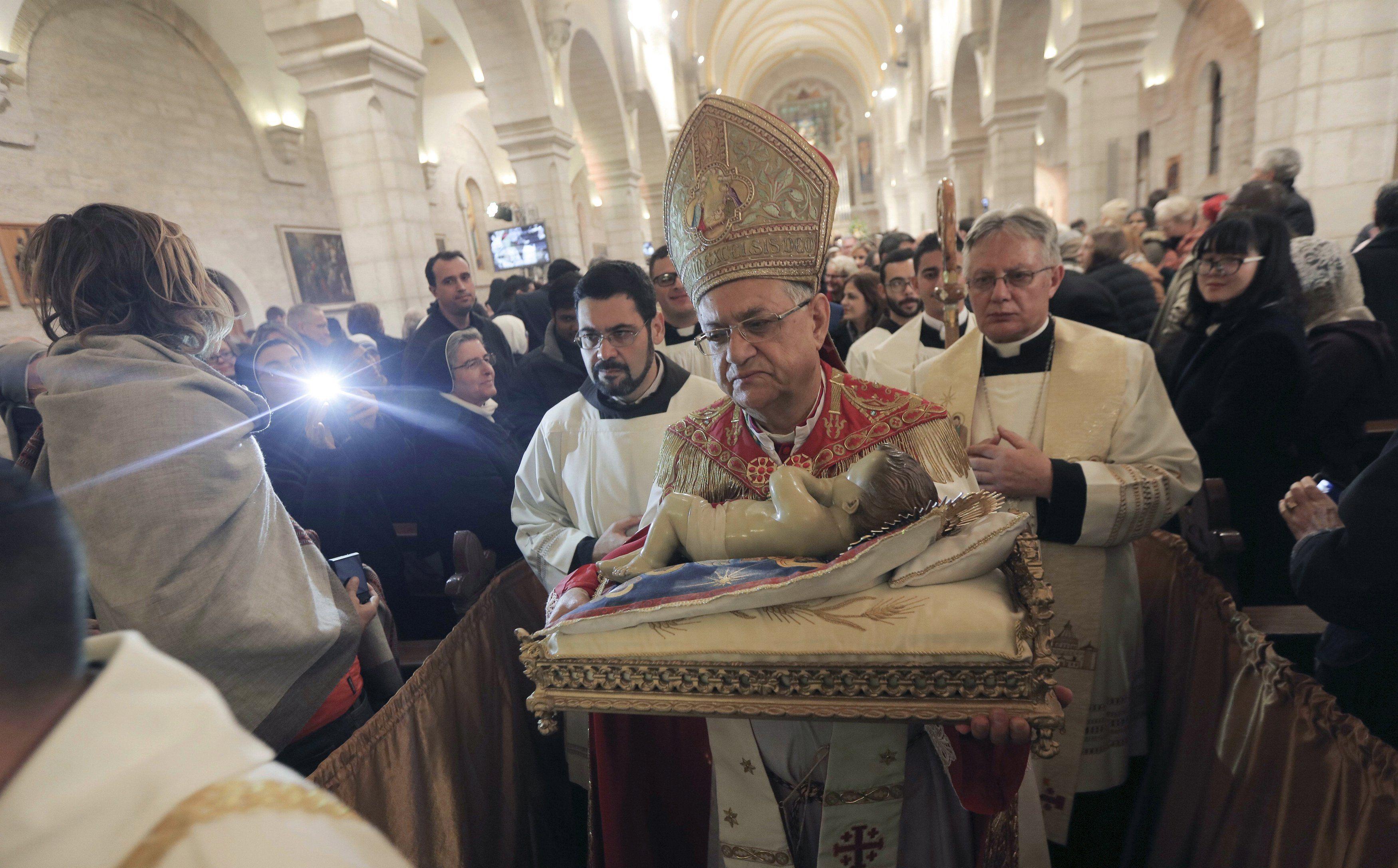 Сегодня у католиков и протестантов Рождество: опубликованы фото мессы в Иерусалиме
