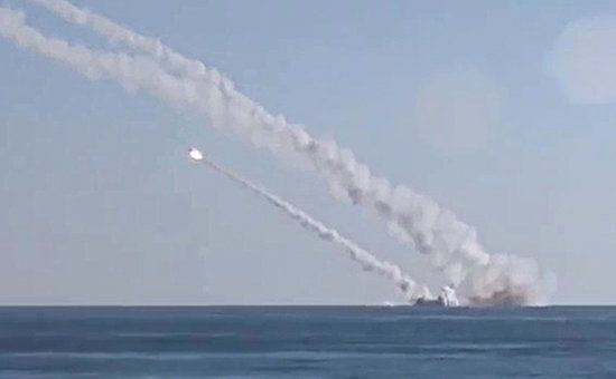 Пуск крылатых ракет морского базирования