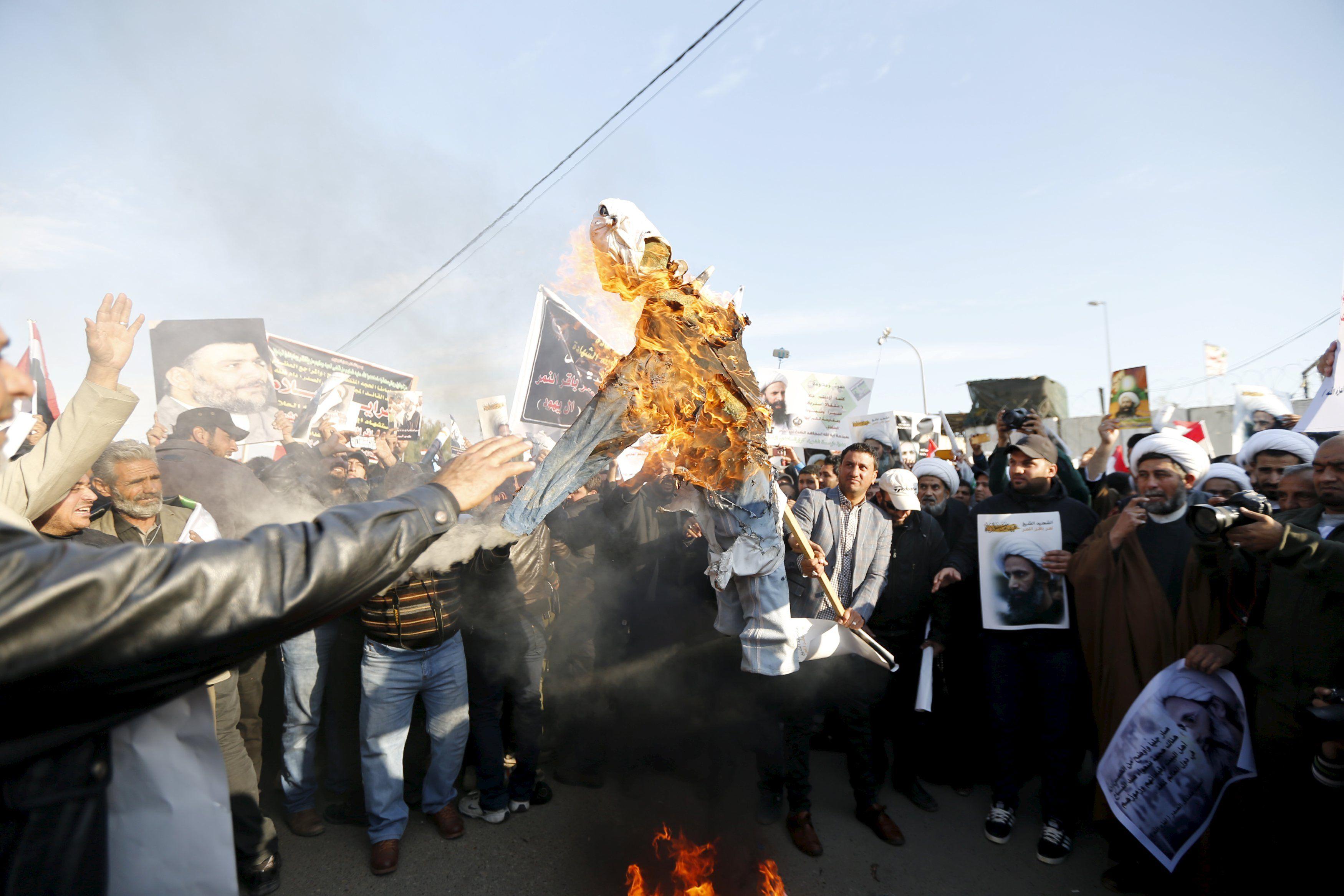 Акция протеста против казни шейха Нимра аль-Нимра