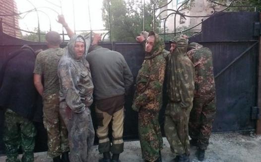 Боевики в Горловке, иллюстрация.