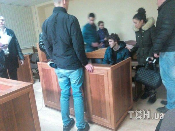 Суд над Толстошеевым, иллюстрация