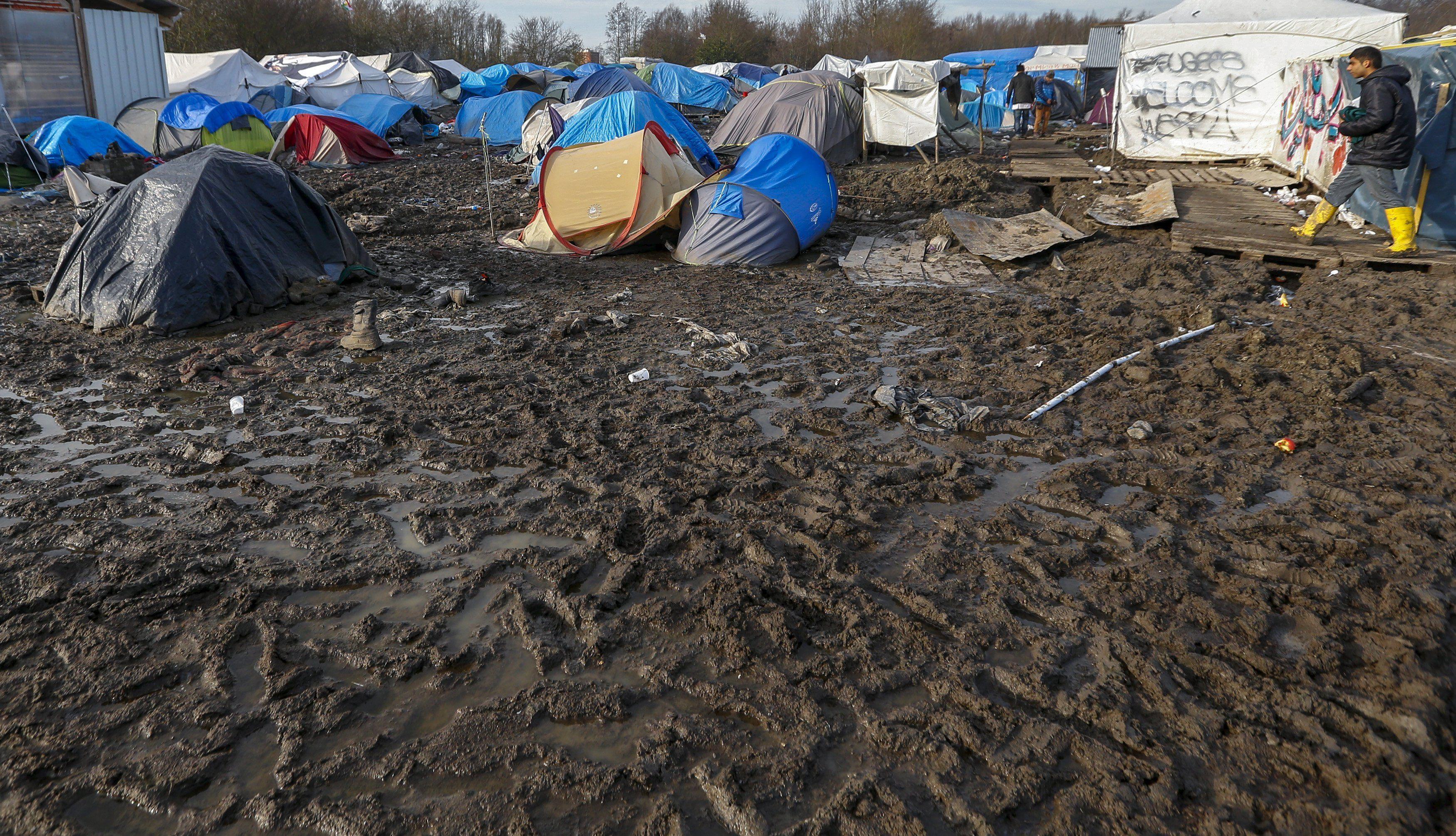 Лагерь мигрантов во Франции