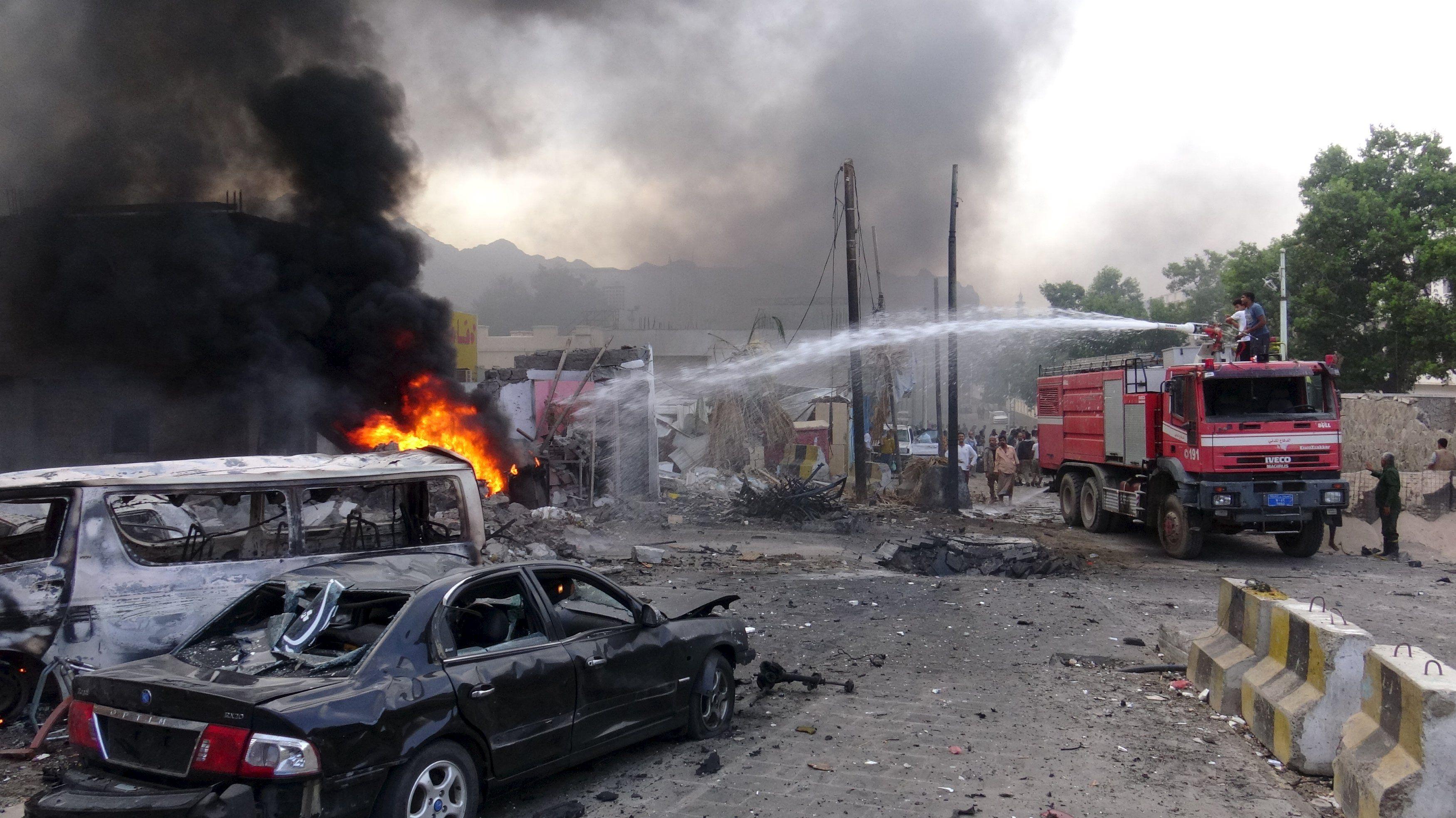 Последствия взрыва в Адене, иллюстрация
