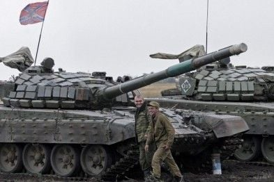 Вражеские танки на Донбассе