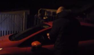 Правоохранитель объявляет Ростиславу Храпачевскому подозрение в совершении уголовного преступления