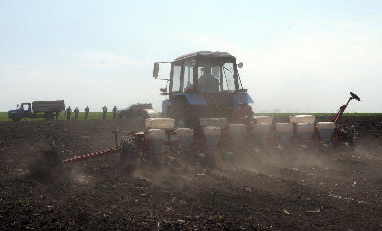 Трактор, иллюстрация