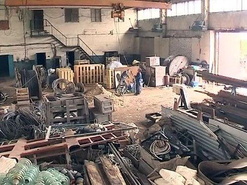 Разрушенный завод на Донбассе, иллюстрация
