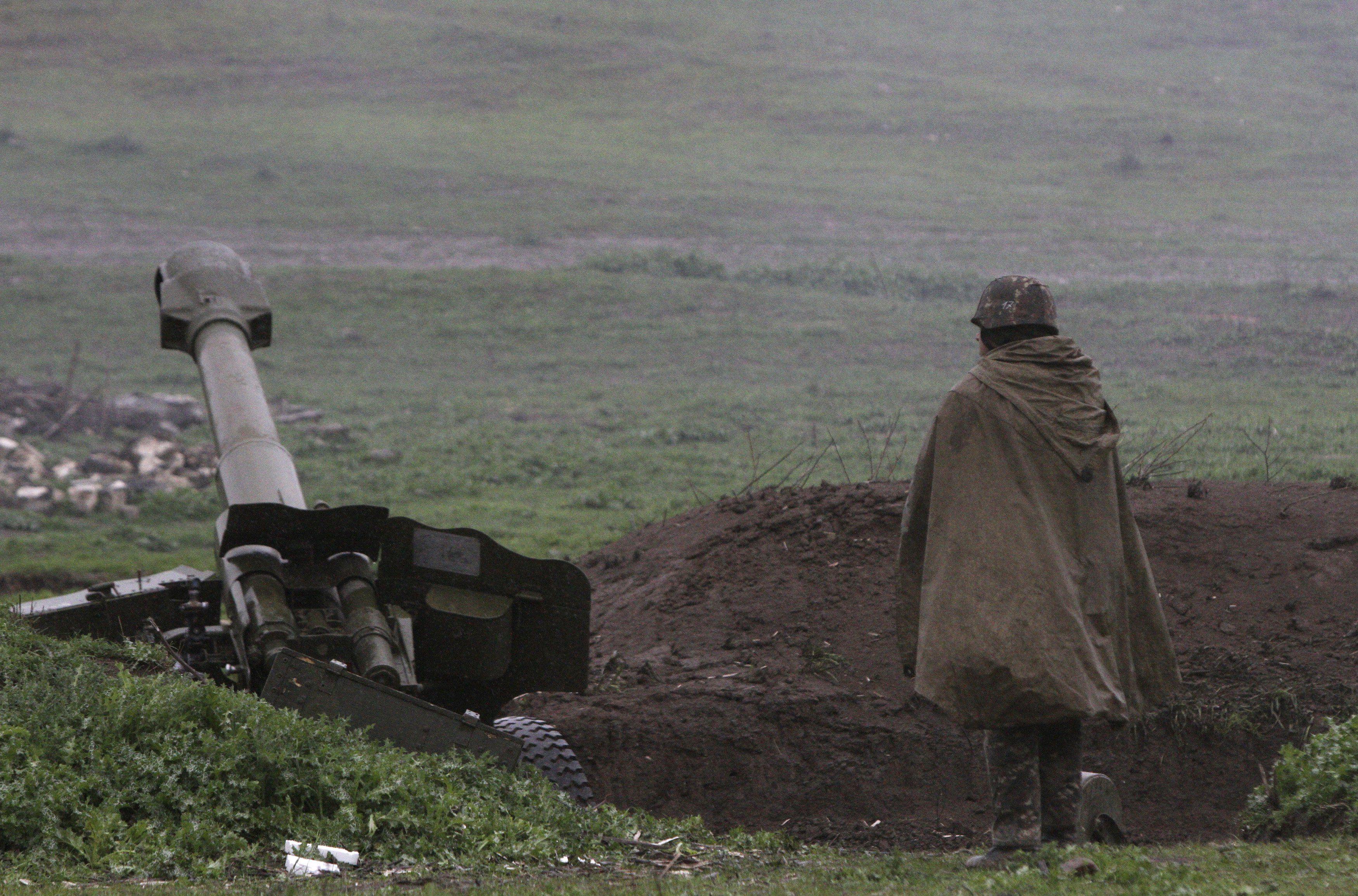 Обстрелы в Нагорном Карабахе продолжаются