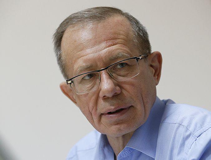 Сергей Толстов