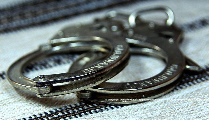 Трем членам банды суд уже избрал меру пресечения