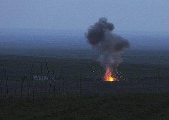 Война Армения-Азербайджан - ведущая разрыдалась из-за жертв в Карабахе