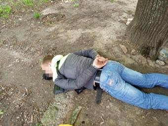 В Полтаве поймали торговцев оружием