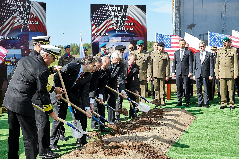 В Польше стартовало строительство базы ПРО