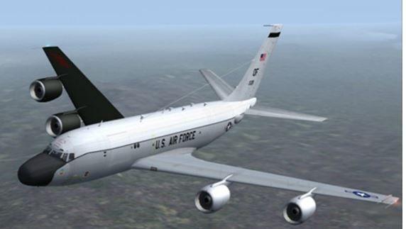Самолет-разведчик RC-135