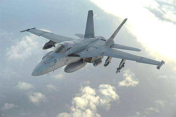 Самолет F/A-18