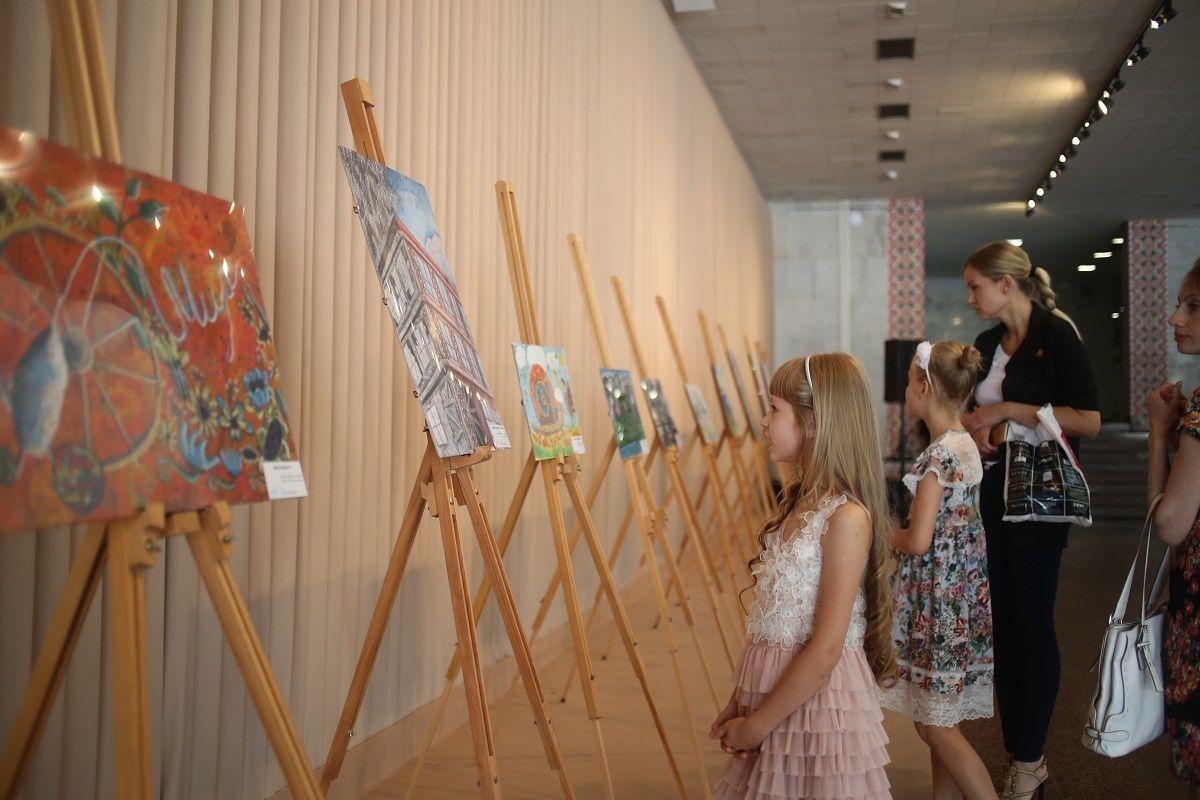 Выставка работ финалистов конкурса в