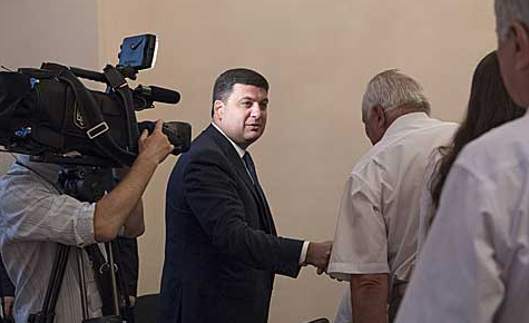 Владимир Гройсман и представитель профсоюзов