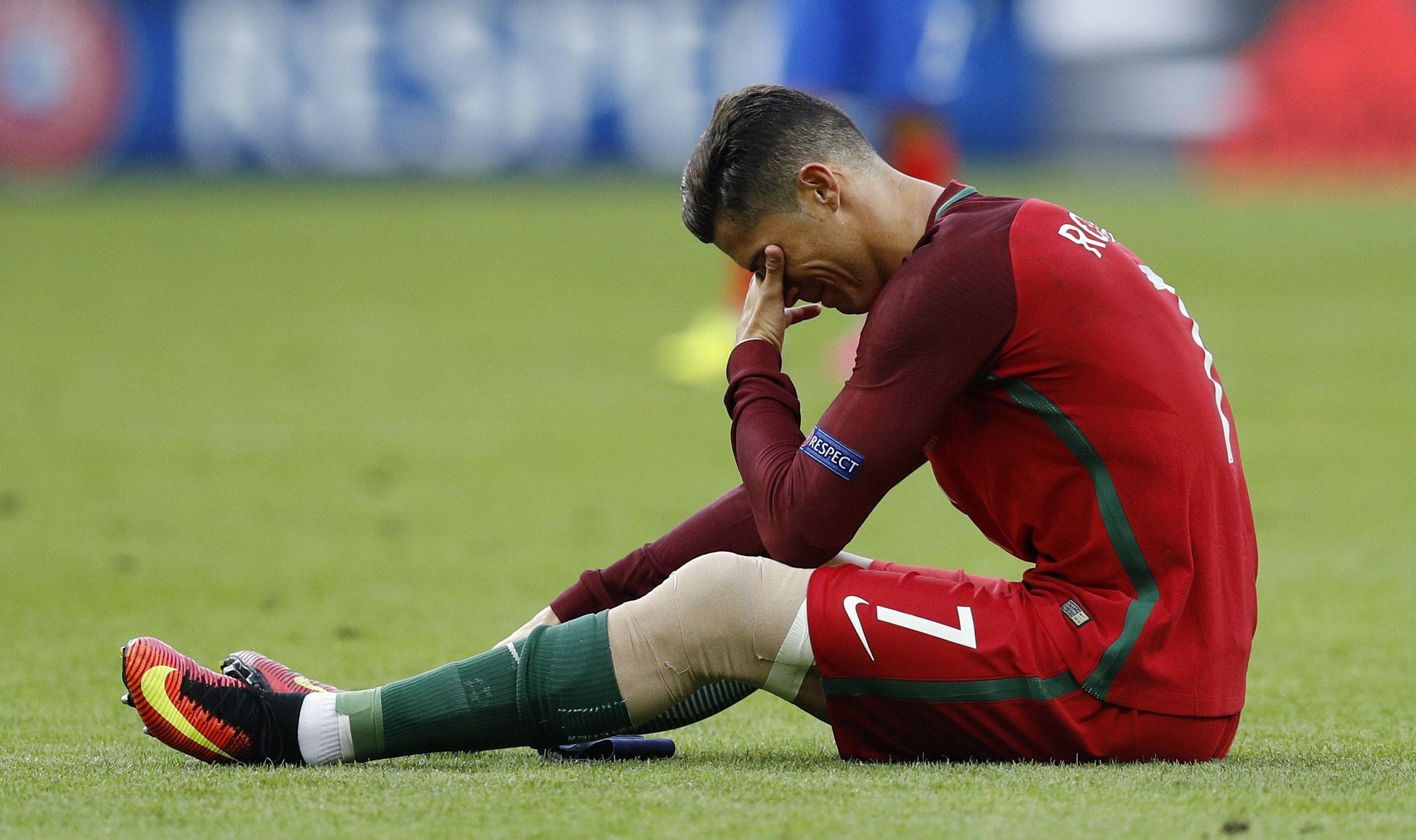 Травма криштиану роналду евро 2016