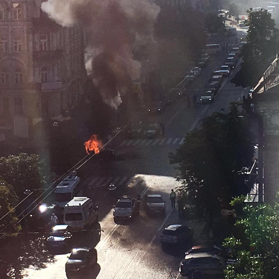 Подробности гибели Шеремета: опубликованы новые фото и видео с места трагедии