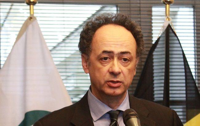 Посол ЕС пригрозил Украине отменой третьего транша