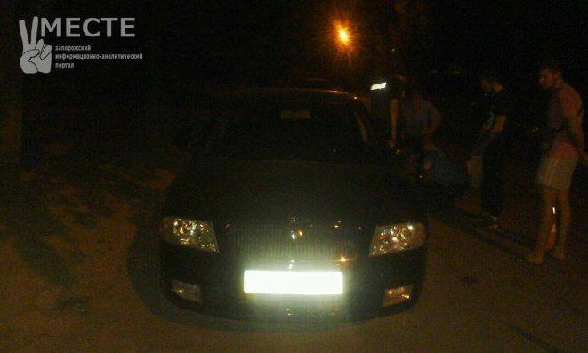 В Запорожье пьяный водитель обстрелял маршрутку: опубликованы фото