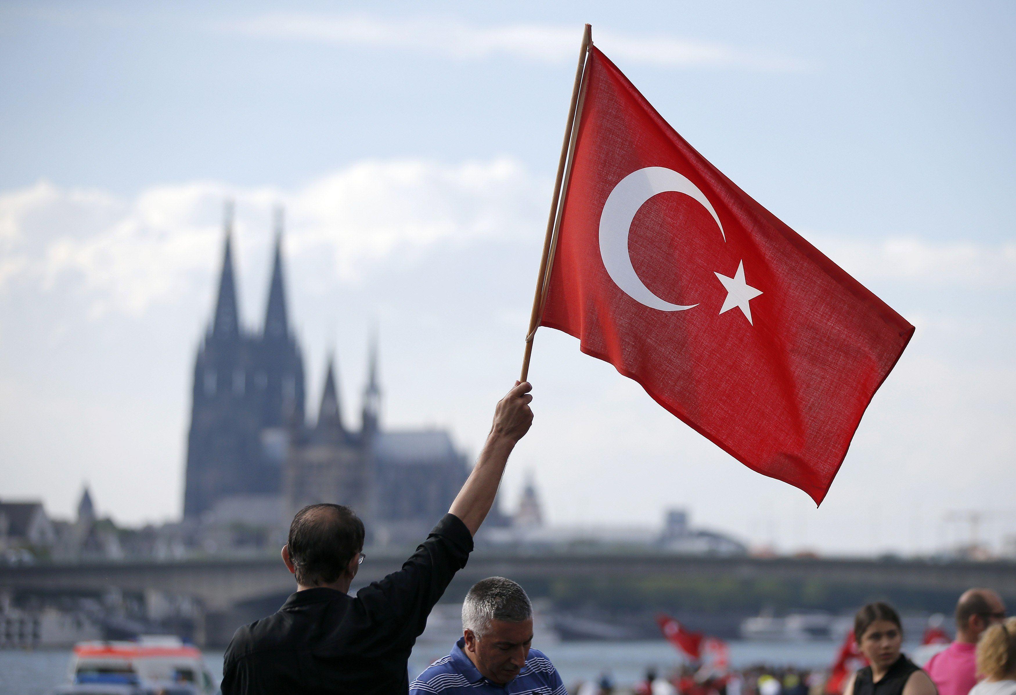 В Турции истек срок действия режима чрезвычайного положения