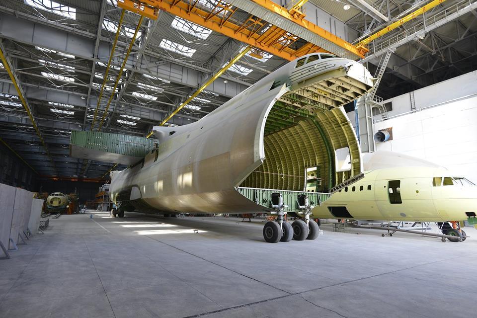 Украина договорилась о серийном производстве самолета