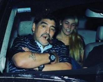 Марадона не остановится, пока не посадит свою дочь
