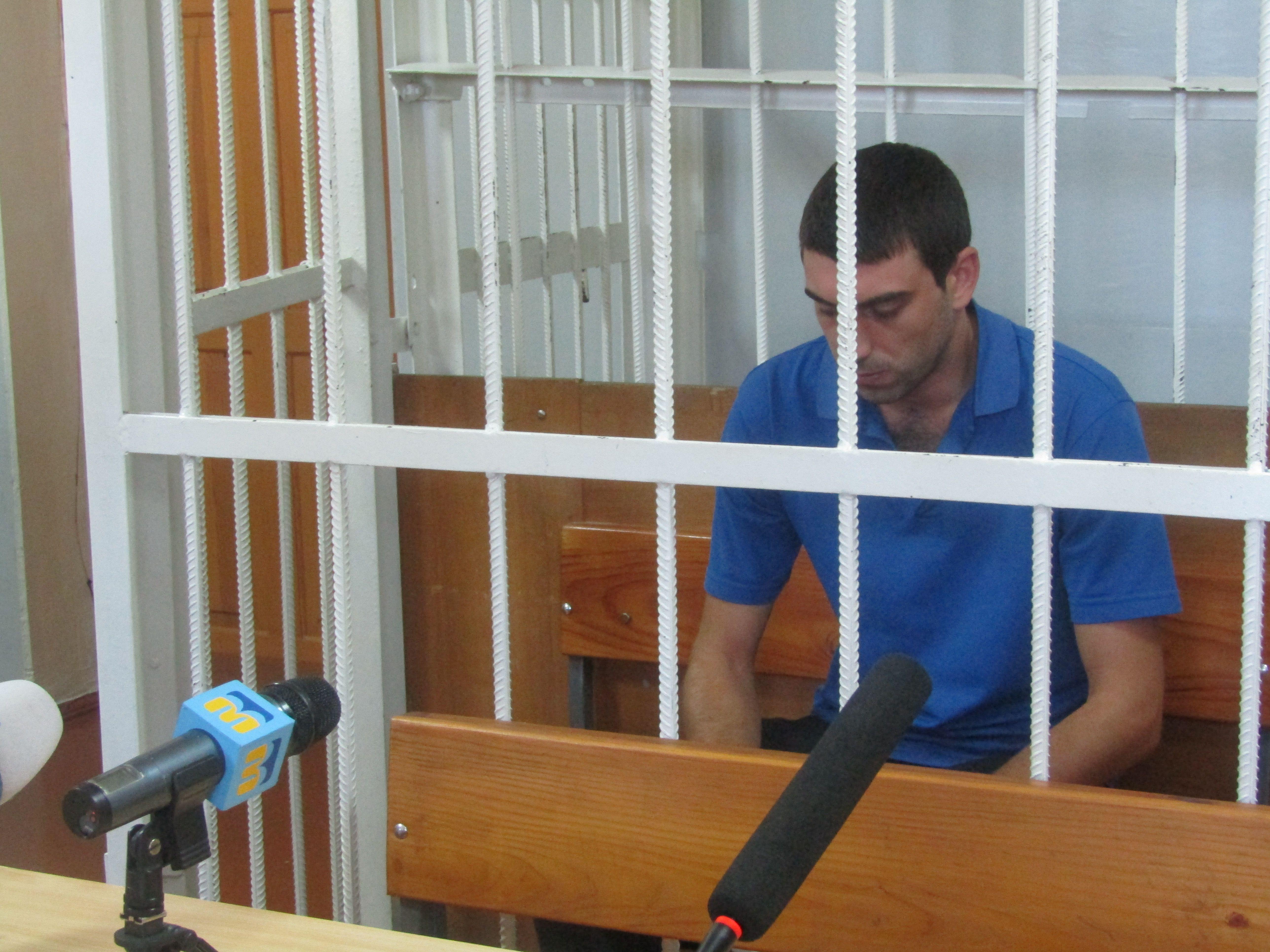 Подозреваемый в зале суда
