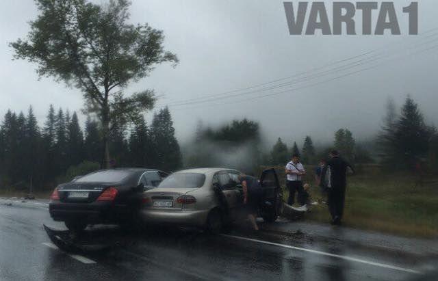 При аварии были повреждены четыре машины