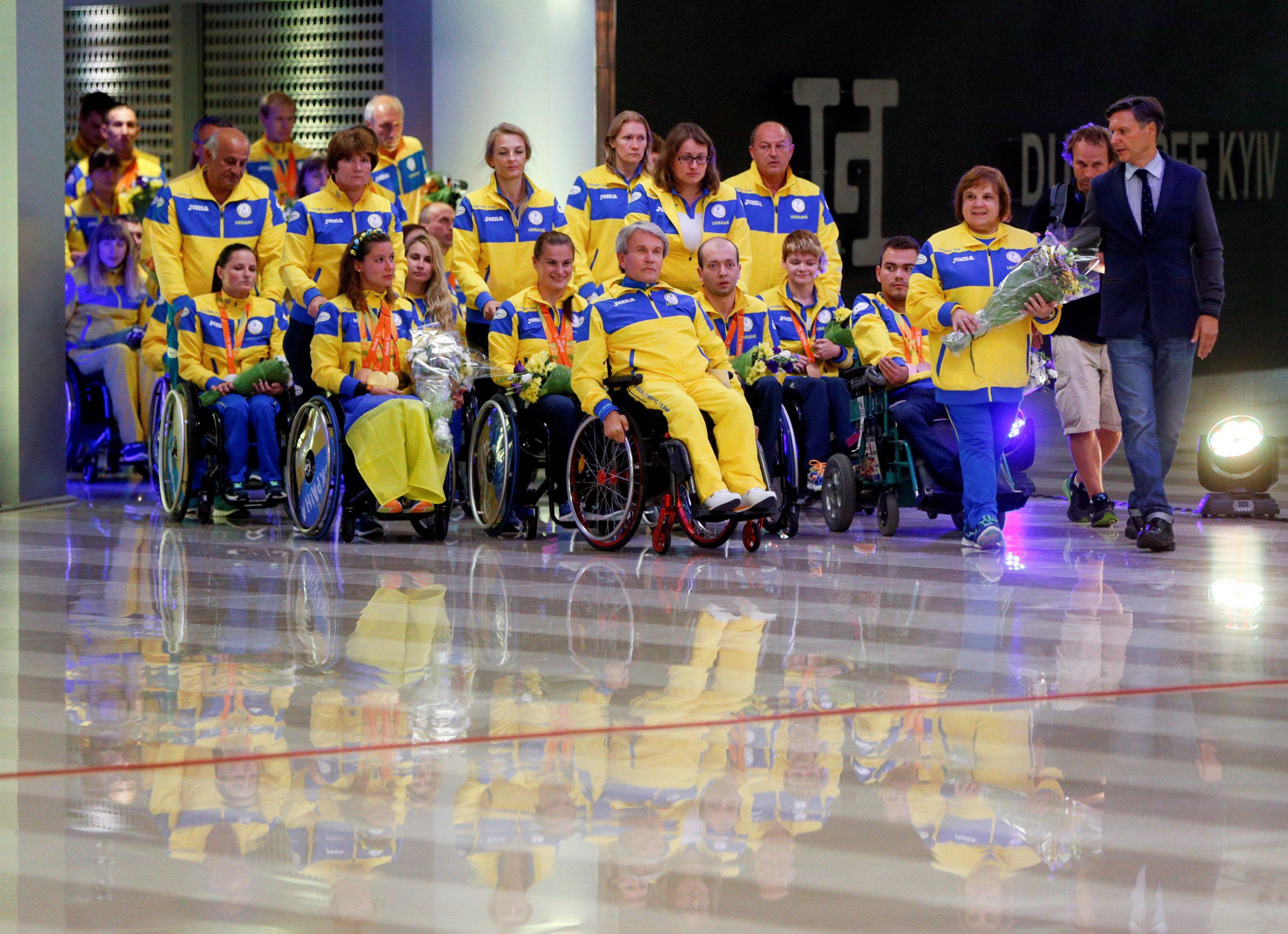 Паралимпийцы вернулись в Украину.