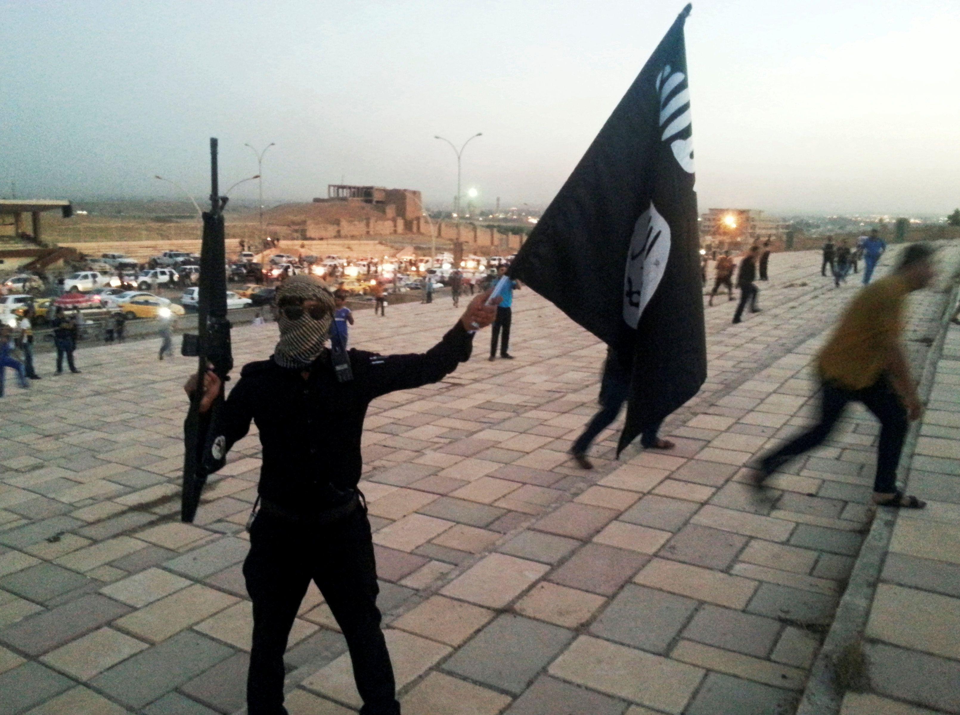 Исламисты ИГИЛ, иллюстрация.