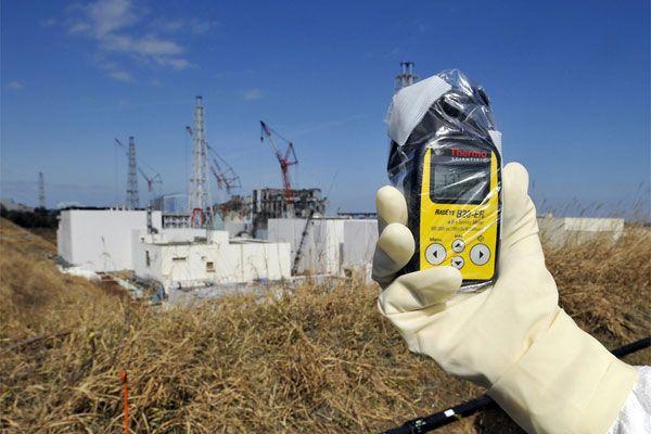 Затопление боевиками радиоактивной шахты может стать вторым Чернобылем.