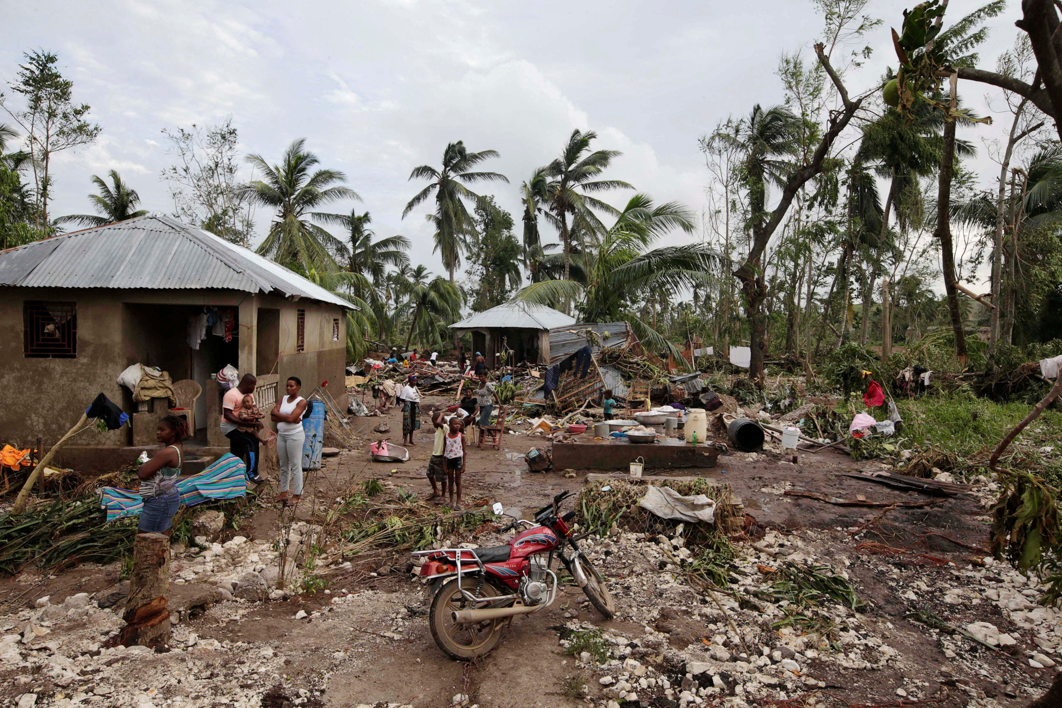 Последствия стихии на Гаити