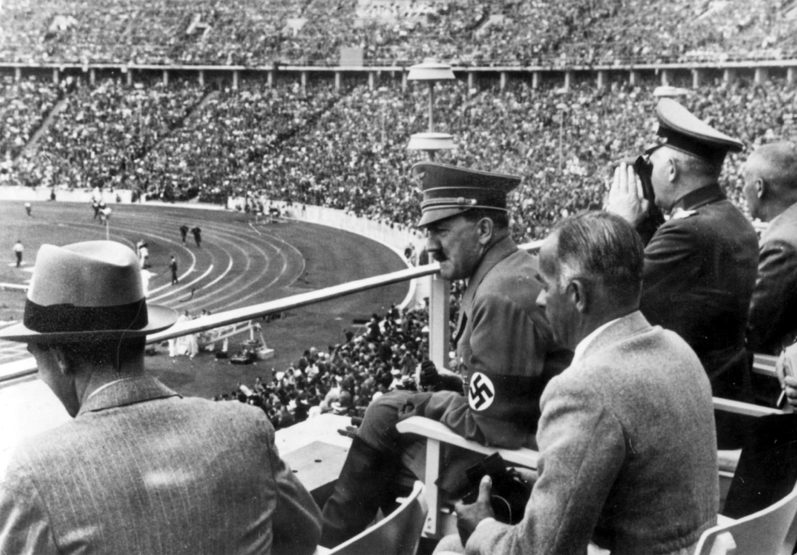 Гитлер на Олимпиаде в Берлине