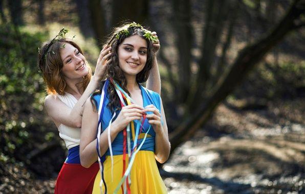 Украина, Россия, сестры, братья, дружба 01