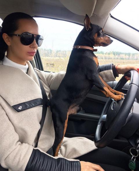 Людмила Милевич и собака