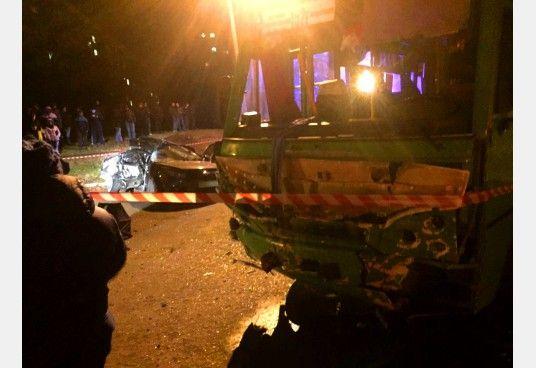 Жуткое ДТП в Харькове. Маршрутка протаранила легковушку, есть погибшие и раненые