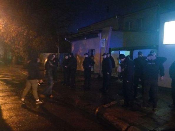 """Беспорядки во Львове. """"Правый сектор"""" открестился от стычек с радикалами"""