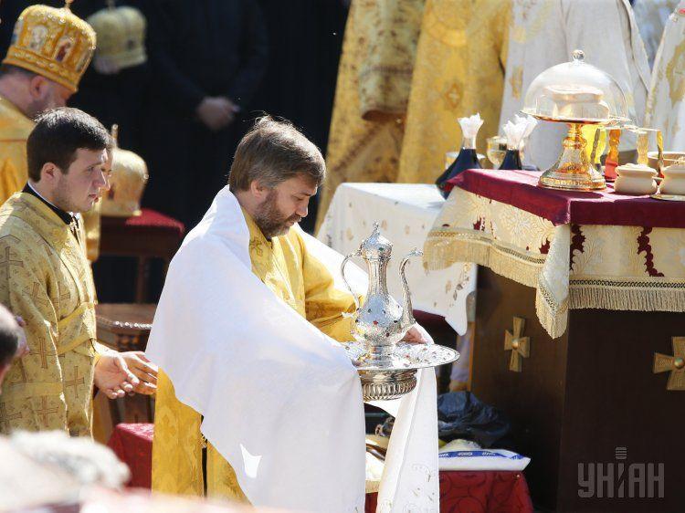 Вадим Новинский на божественной литургии