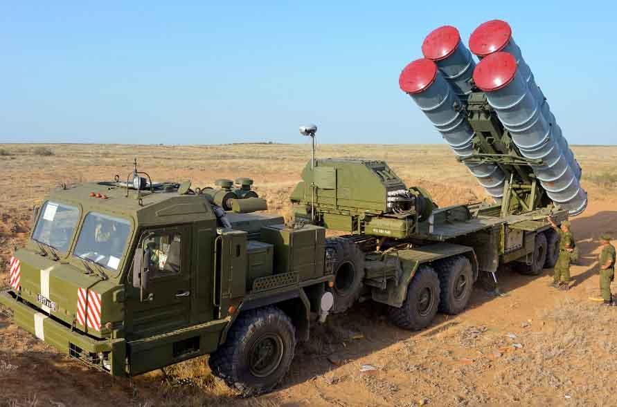 Системы противовоздушной обороны С-400.