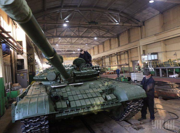 Ремонт танков, иллюстрация